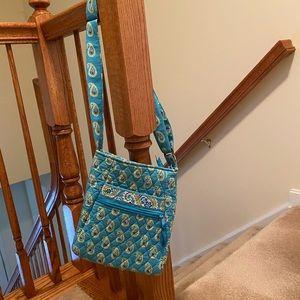Vera Bradly Cross body purse!